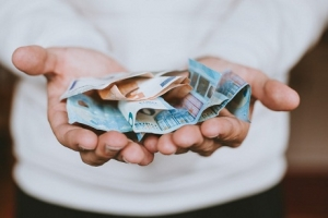 Tại sao chúng ta lại cần thực hiện thủ tục đáo hạn ngân hàng?